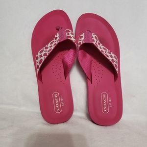 GUC Coach Flip Flops in Hot Pink Size 7
